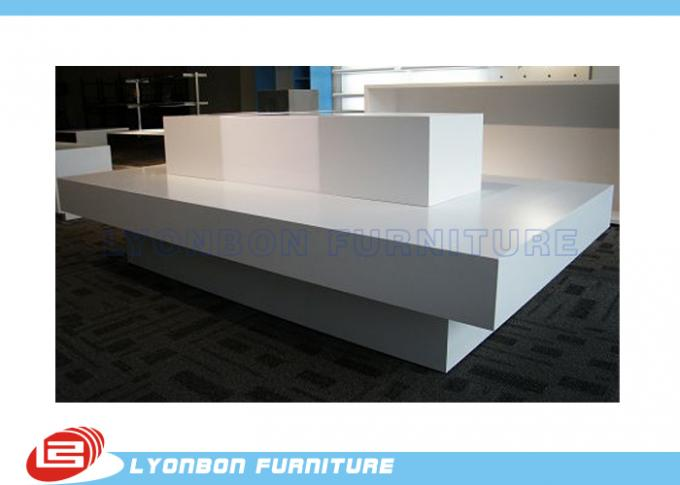 Customized MDF White Retail Display Tables OEM ODM With Printing Logo